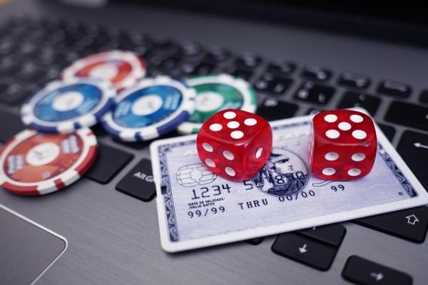 coronavirus online gambling